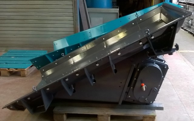 HVL Linear Exciter mounted onto Screen
